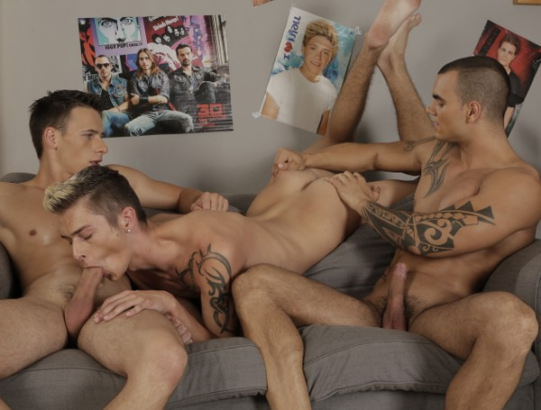 One Erection DVD - Gallery - 009